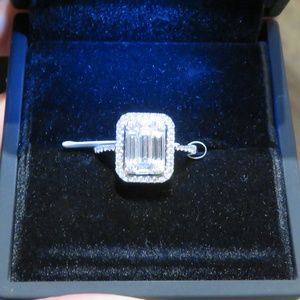 CLEARANCE!BRAND NWT $12000 RARE 18KT DIAMOND RING